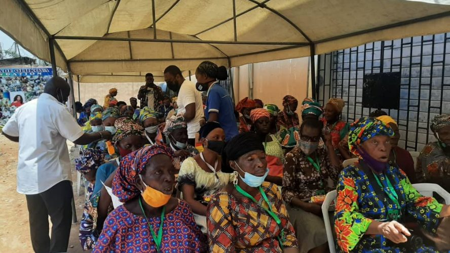 FREE FOOD SUPPLIED TO 100 FOLASHADE'S WIDOWS GROUP MEMBERS
